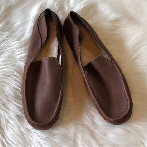 UGG Australia Hunley Brown Leather Slippers 18